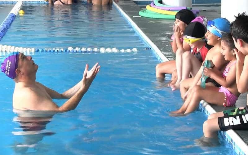 Saber nadar y dar clases de natación: fusiona estas dos habilidades